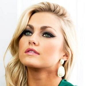 Lindsay Arnold net worth