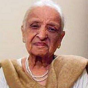 Fatima Surayya Bajia net worth