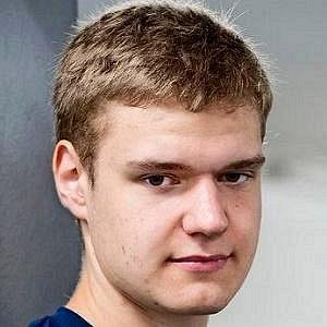 Aleksander Barkov Jr. net worth
