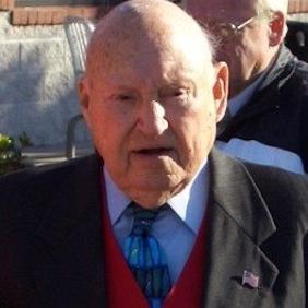 S Truett Cathy net worth