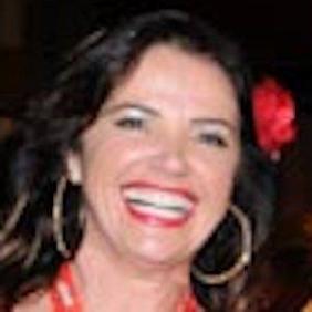 Luma de Oliveira net worth