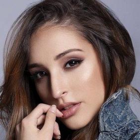 Sofia Delfino net worth
