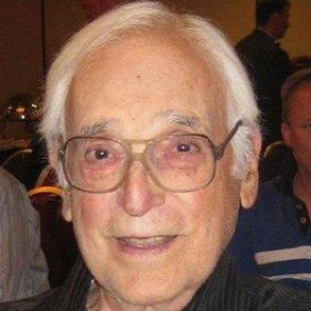 Harold Gould net worth