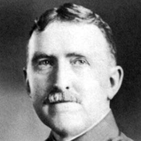John L. Hines net worth