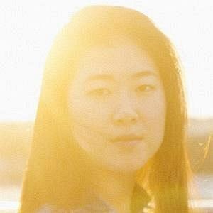 Clara Hong net worth