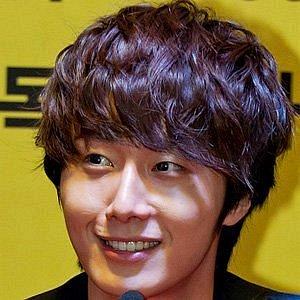 Jung Il-Woo net worth