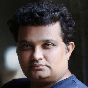 Ravi Jadhav net worth