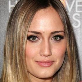 Naomi Kyle net worth
