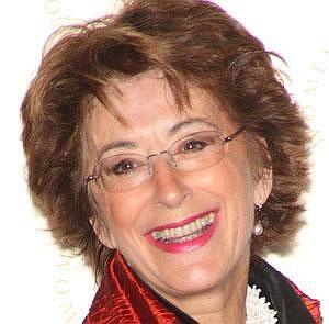Maureen Lipman net worth