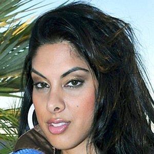 Tania Mehra net worth