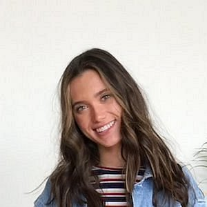 Hannah Meloche net worth
