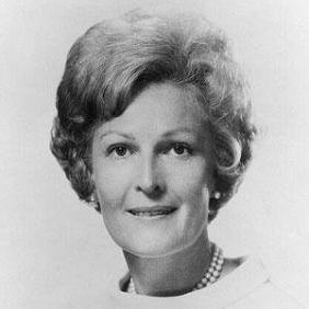 Pat Nixon net worth