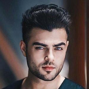 Akmal Omid net worth