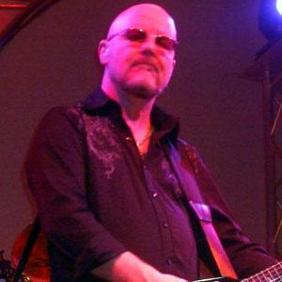 Andy Powell net worth