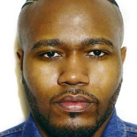Simeon Qsyea net worth