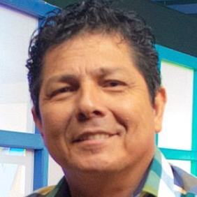Oswaldo Segura net worth