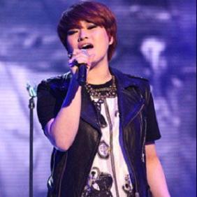 Son Seung-yeon net worth