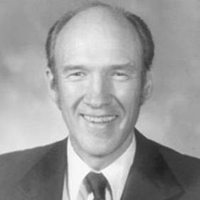Alan K. Simpson net worth