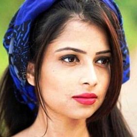 Pooja Singh net worth