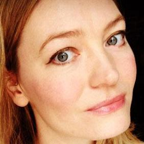 Holly Smale net worth