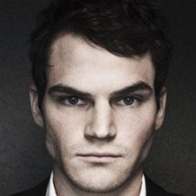Julian Smith net worth
