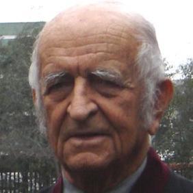 Fernando De Szyszlo net worth