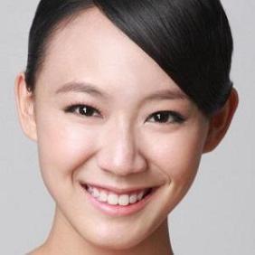 Julie Tan net worth