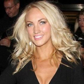 Leah Totton net worth