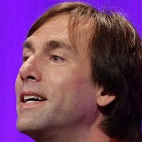 Erik Weihenmayer net worth