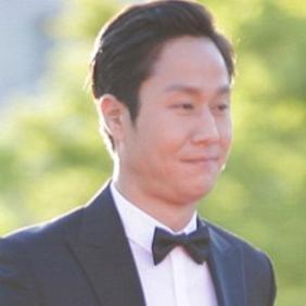 Jung Woo net worth