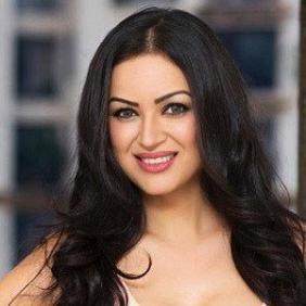 Maryam Zakaria net worth